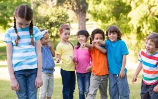Какие ошибки родителей могут превратить ребёнка в изгоя