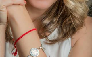 Как правильно завязать красную нить: на запястье какой руки